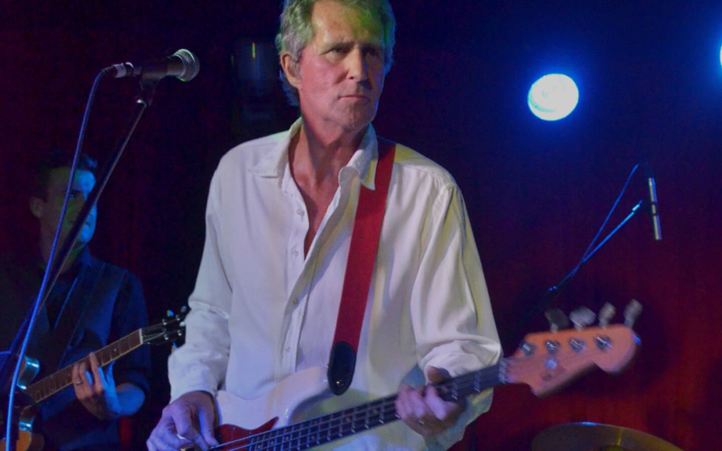 JOHN ILLSLEY OF DIRE STRAITS (UK)